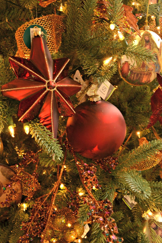 joy to the world ornaments