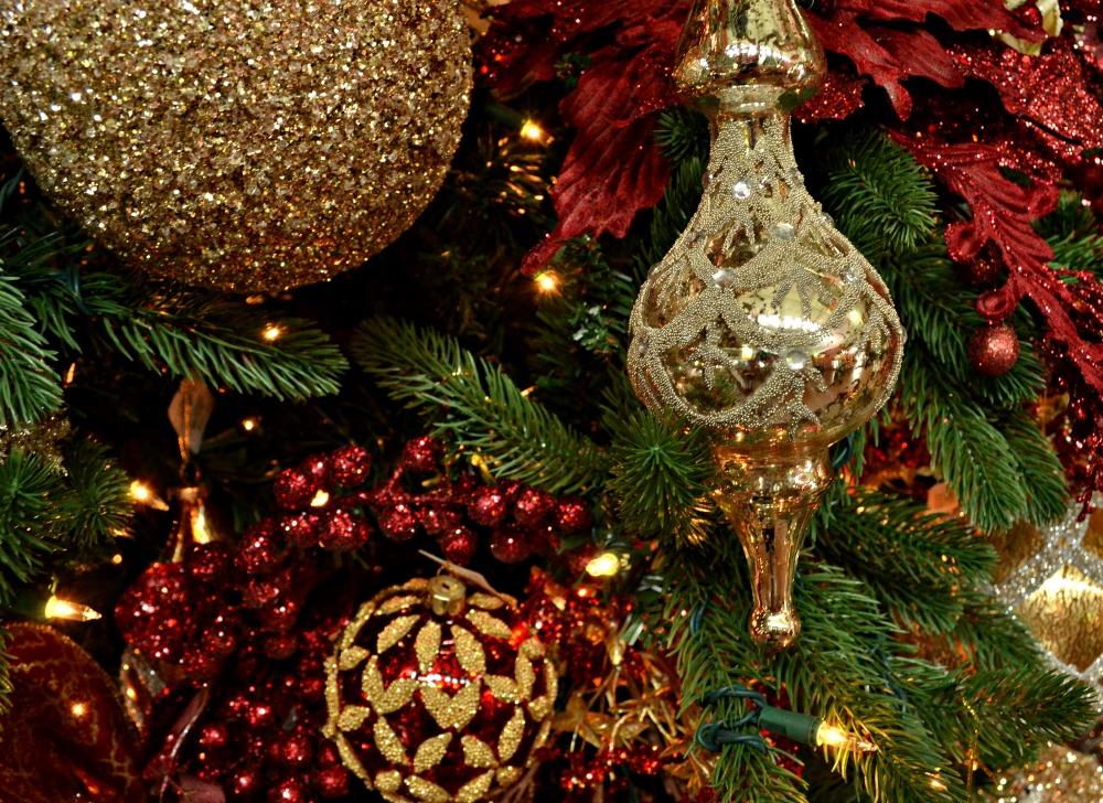 regal elegance ornaments