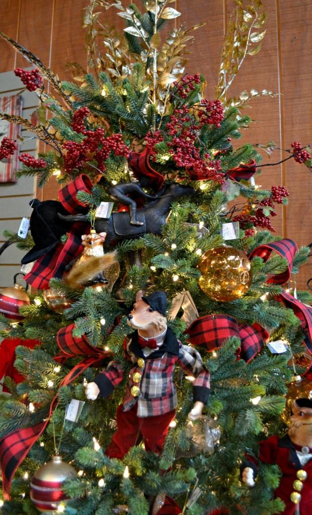 Tally Ho Fox theme tree topper