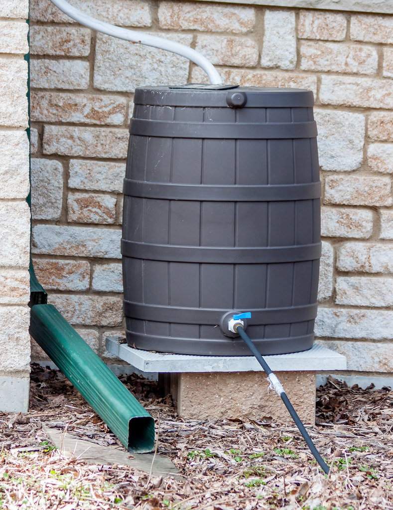 rain barrel hooked up to house